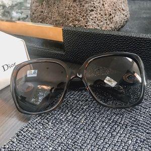 BEAUTIFUL Dior Woman Sunglasses •
